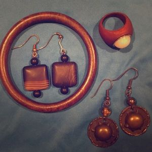Wood and Earth Tone Jewelry Lot